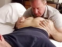 daddy sucking twink ass