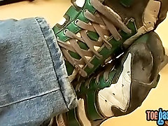 Oriental cutie Sasha spills cum on his foot after stroking