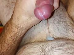 Masturbazione anale e sborrata